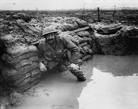 WW1 100 years 02 (flooded trench)